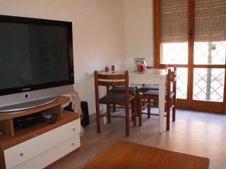 Cozy 1 bedroom Vacation Rental in Pomezia - Pomezia vacation rentals