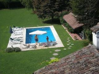 Luxury Villa Liberty & Rural House with large pool - Abano Terme vacation rentals