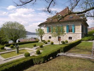 Veyrier du lac Villa Tournette - Annecy vacation rentals