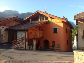 2 bedroom Condo with Parking in South Tyrol - South Tyrol vacation rentals