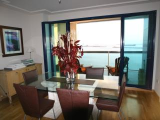 3 bedroom Apartment with Internet Access in Gibraltar - Gibraltar vacation rentals