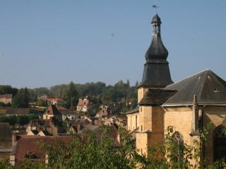 2 bedroom Gite with Short Breaks Allowed in Sarlat-la-Canéda - Sarlat-la-Canéda vacation rentals
