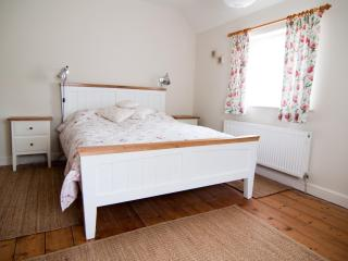 Farm house surrounded by beautiful countryside - Shanklin vacation rentals