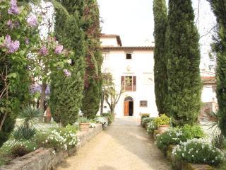 Romantic 1 bedroom Rignano sull'Arno Bed and Breakfast with Internet Access - Rignano sull'Arno vacation rentals