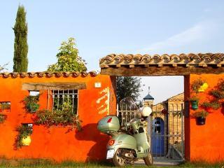 Villa Toccamona è un B&B nel litorale marchigi - Petritoli vacation rentals