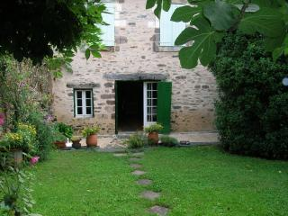 Cozy 2 bedroom House in Le Saillant with Washing Machine - Le Saillant vacation rentals
