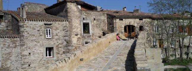 Nice 2 bedroom Trebes House with Internet Access - Trebes vacation rentals