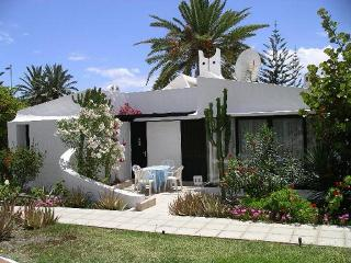Nice Bungalow with Internet Access and Satellite Or Cable TV - Playa del Ingles vacation rentals