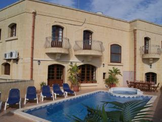 Ta'Cikku - Gharb vacation rentals