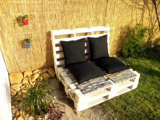 Cozy house w/ chill out garden, BBQ, great locatio - Puente Viesgo vacation rentals