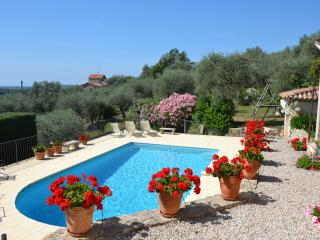 Charming villa - private pool, terrace, sea view - Opio vacation rentals