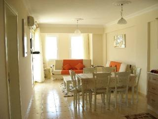 A Touch of Paradise -Penthouse - Akbuk vacation rentals