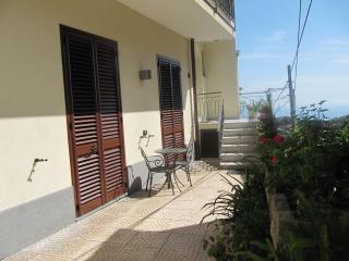 Perfect 3 bedroom Condo in Sant'Agata sui Due Golfi - Sant'Agata sui Due Golfi vacation rentals