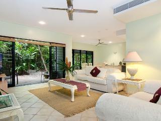 The Villa Port Douglas - Port Douglas vacation rentals