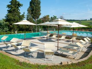 Nice Townhouse with Internet Access and A/C - Barberino Val d'Elsa vacation rentals