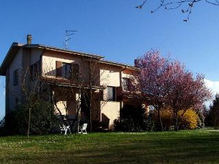 """""""Il Melograno"""" Guest House - Dozza vacation rentals"""