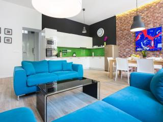 Deluxe Art Apartment Parking & SPA - Zagreb vacation rentals