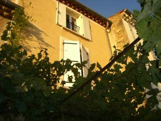 3 bedroom House with Internet Access in Puisserguier - Puisserguier vacation rentals