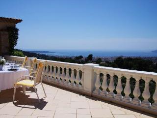 Cannes Julia - Cannes vacation rentals