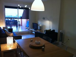 Lovely 2 bedroom Almerimar Apartment with Tennis Court - Almerimar vacation rentals