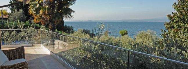 5 bedroom Villa in Torri Del Benaco, Lake Garda, Italy : ref 2230558 - Image 1 - Torri del Benaco - rentals
