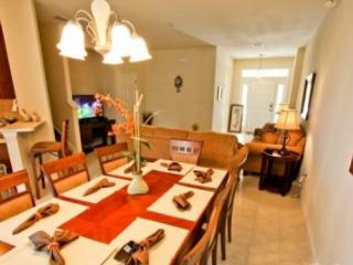 4 Bedroom 3 Bathroom Town Home in Trafalgar Village. 2517OKC - Orlando vacation rentals