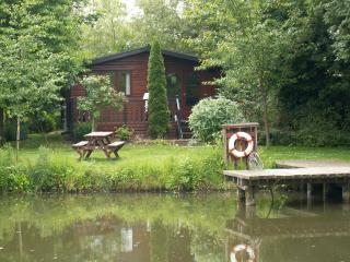 Nice 2 bedroom Cabin in Louth - Louth vacation rentals