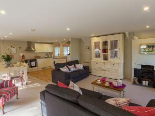 Beautiful 2 bedroom Condo in Gileston - Gileston vacation rentals