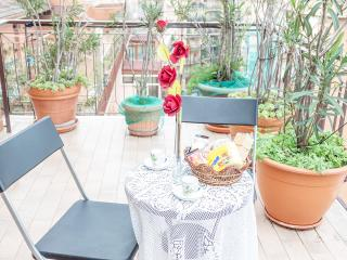 Cozy Rome vacation Apartment with Short Breaks Allowed - Rome vacation rentals