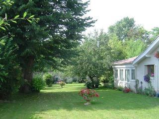 Perfect 2 bedroom Sainte Foy-la-Grande Cottage with Internet Access - Sainte Foy-la-Grande vacation rentals