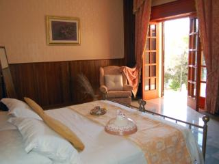 Nice Villa with A/C and Hot Tub - Carpignano Salentino vacation rentals