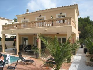 CASA ESPINA- Hi Speed WiFi, Pool, Hot Tub & Sat TV - Cala Murada vacation rentals