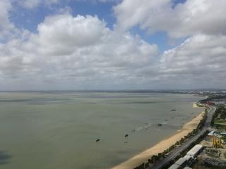 Gorgeous 1BR Apartment By The Sea (Tuyu 3) - Beihai vacation rentals