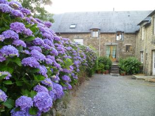 la gilberdiere, à 30' du Mt St Michel - Sartilly vacation rentals