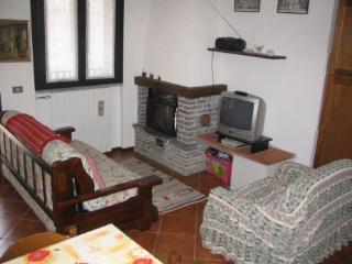 Nice 1 bedroom Townhouse in Ponte Di Legno - Ponte Di Legno vacation rentals