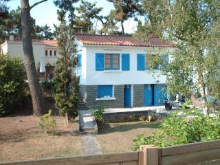 2 bedroom House with Washing Machine in La Tranche sur Mer - La Tranche sur Mer vacation rentals