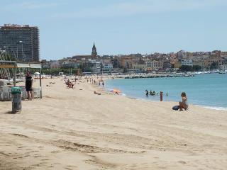 Beautiful 2 bedroom Apartment in Palamos - Palamos vacation rentals