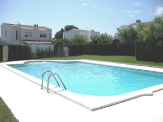 Casa Bella - Miami Platja vacation rentals