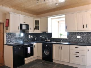 2 bedroom Cottage with Internet Access in Kilkenny - Kilkenny vacation rentals