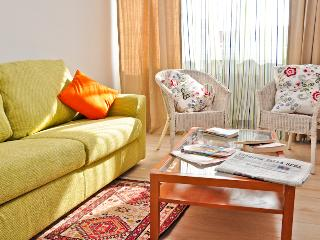Romantic Apartment in Rome with Corporate Bookings Allowed, sleeps 4 - Rome vacation rentals