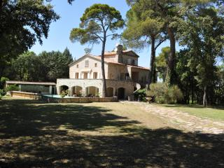 Nice House with Internet Access and A/C - Puyricard vacation rentals