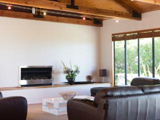 Beautiful Picton B&B rental with Balcony - Picton vacation rentals