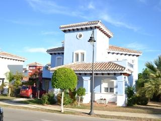4 bedroom luxury villa beautifully furnished - Murcia vacation rentals