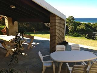 4 bedroom House with Kettle in Umzumbe - Umzumbe vacation rentals