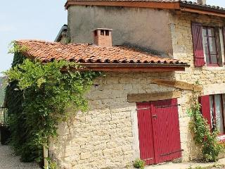 Nice Gite with Internet Access and Television - Lons-le-Saunier vacation rentals