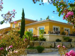 LES VILLAS DU VENDOULE Syrah - Saint-Maurice-d'Ibie vacation rentals