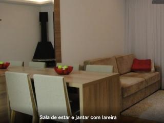 Beautiful 1 bedroom Gramado Condo with Satellite Or Cable TV - Gramado vacation rentals
