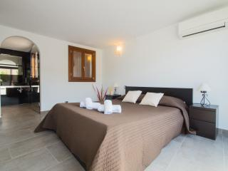 Gorgeous townhouse in Pollença - Pollenca vacation rentals