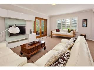 Perfect 2 bedroom Apartment in South Perth - South Perth vacation rentals