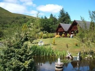 Nice Chalet with Washing Machine and Television - Banavie vacation rentals
